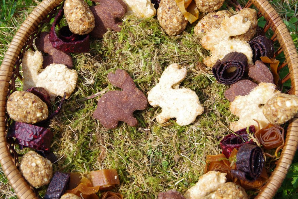Osterhasenkekse Ausstecherkekse vegan ohne Zucker